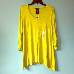 Premise top, ruched sleeves. Size M, NWT.